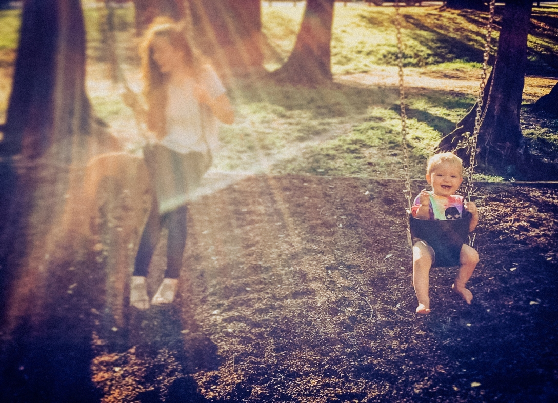 Play on the swings (2)-2